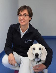Dr. Nadine Zeller